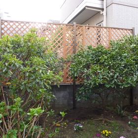 フェンスの飾り付け-BEFORE01