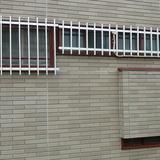 窓枠の塗装工事