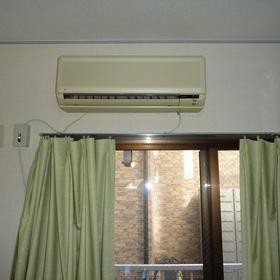 エアコンの移設工事-BEFORE01
